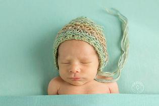 Sleepytime pose for newborn