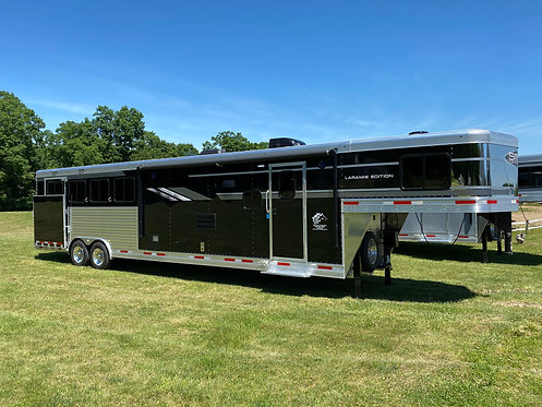 NEW 2020 SMC Laramie 4 horse with 13 LQs 8' wide with slide out Stock # 1025