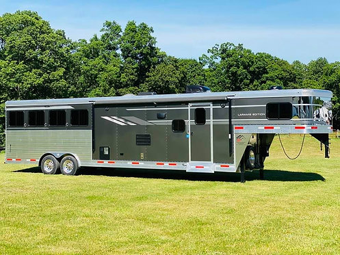 NEW 2020 SMC Laramie 4 horse with 13' LQs 8' wide w/ slide out Stock #0164