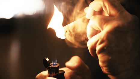 Cigar Lit.png