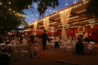 Twinkling Lights for Romantic Weddings
