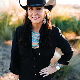 Forth Worth Texas Magazine Features Molly Thomson