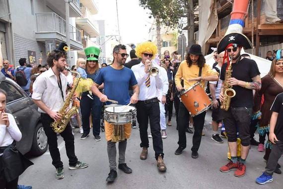 עדלאידע בתל אביב