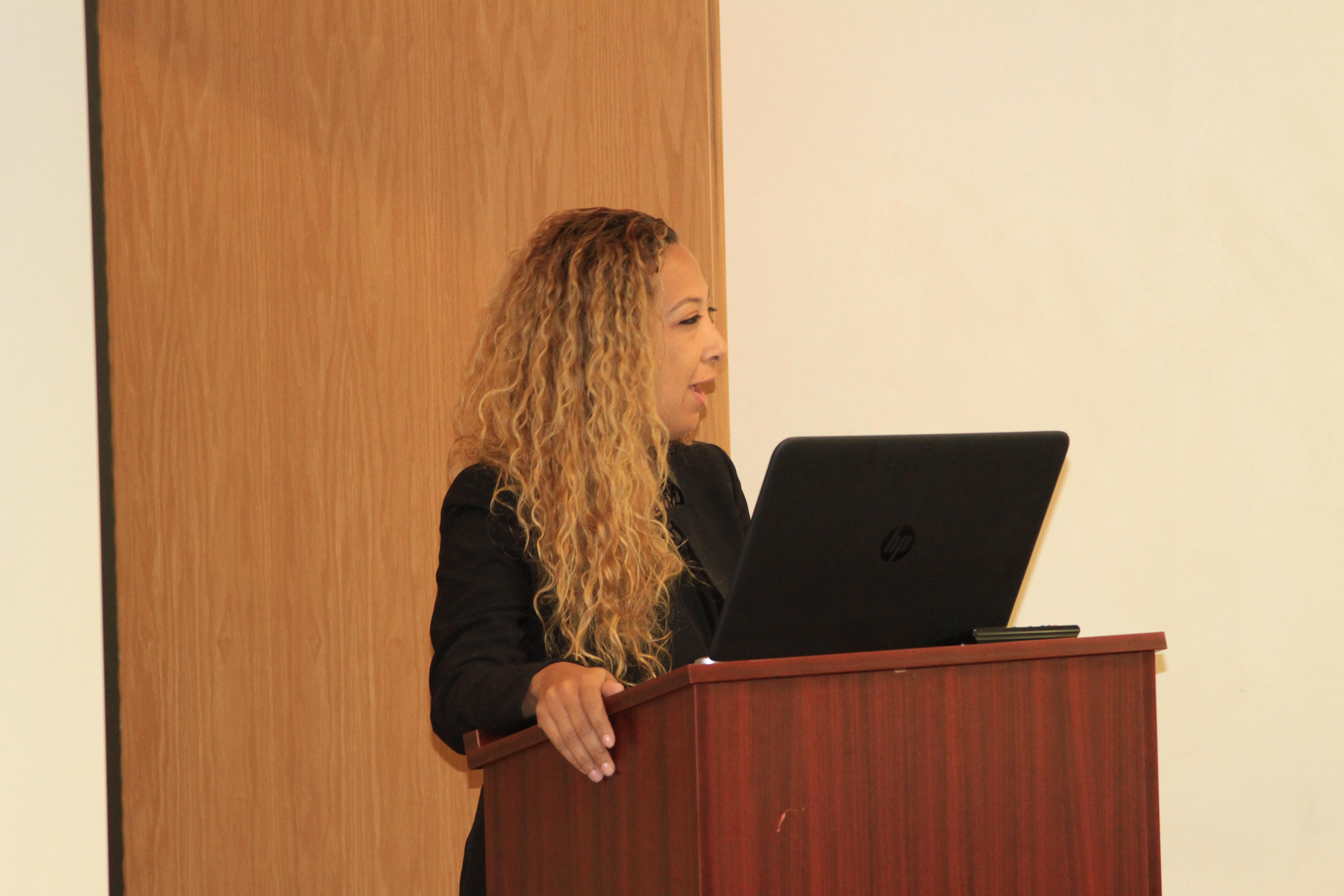 Dr. Melissa Fana