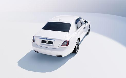 rolls-royce-ghost-2021-4k-rear-view-exte