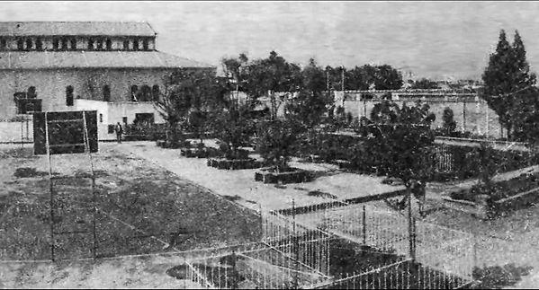 Colegio Parroquial Santa Isabel de Hungía 1962