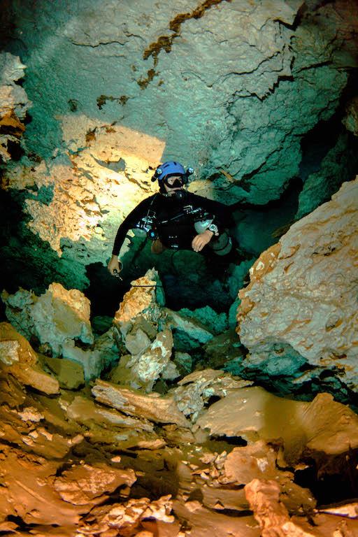 Sidemount Cave Diver