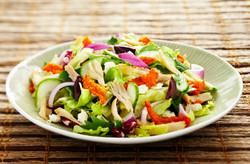 red pepper greek salad