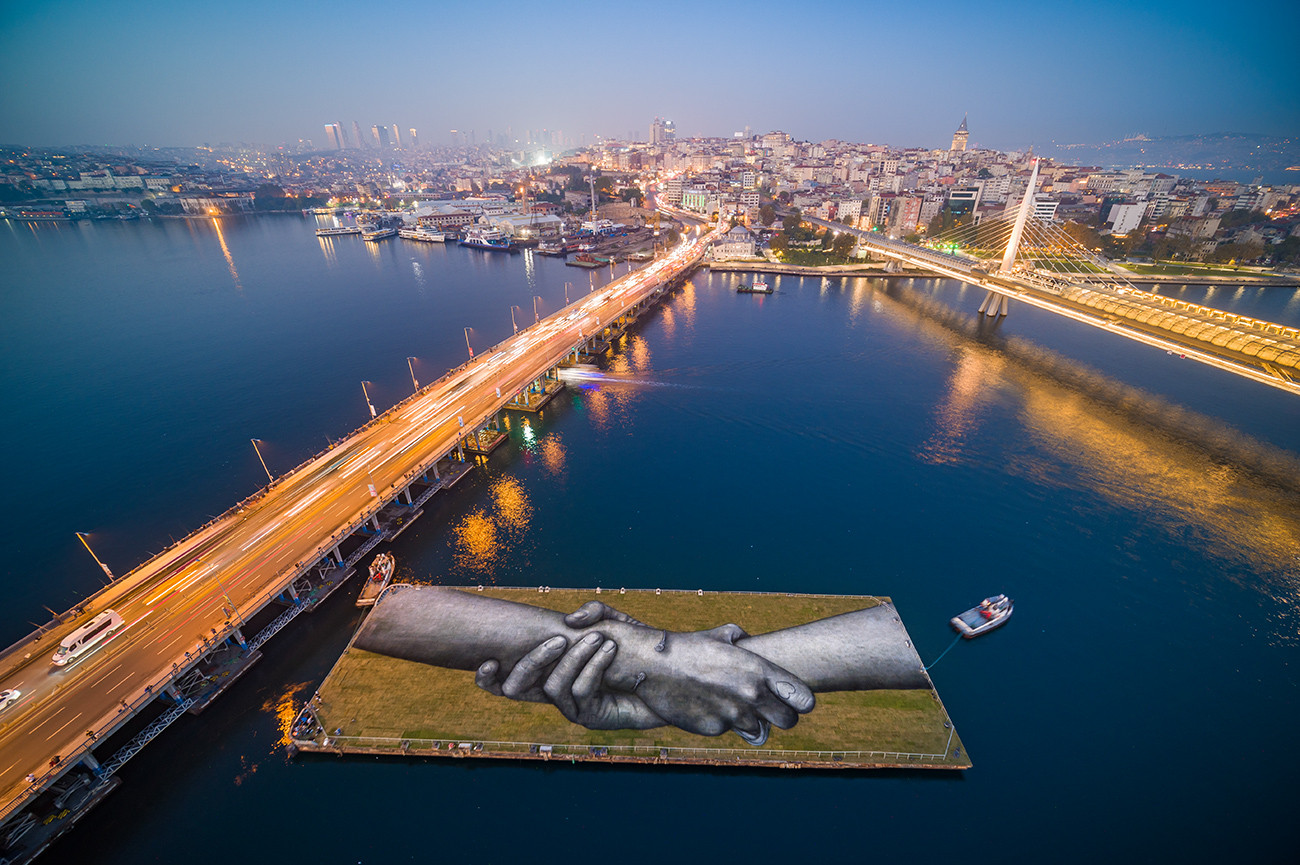 Beyond walls   Istanbul   SAYPE