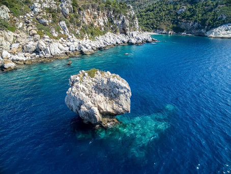 Isole,isolotti e baie nei dintorni con pescatori locali come guide