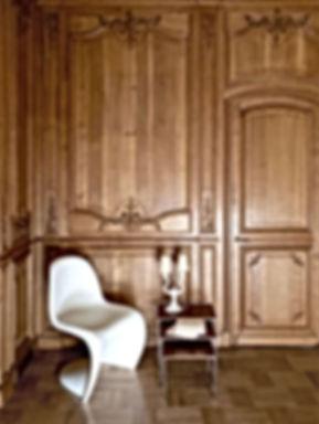 haussmann, panton chair, garouste et bonetti, tables gigognes, boiseries, parquet chene