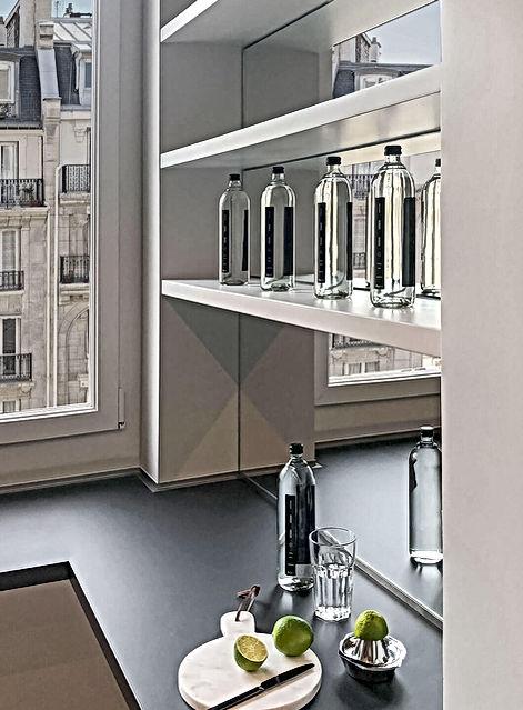 crédence miroir, citron, plan de travail, haussmann, planche marbre, bouteilles