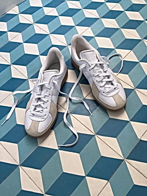 Carreaux de ciment bleus salle de bain Florence Ancillon architecte interieur Paris