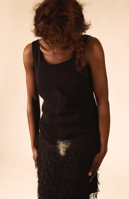 robe noire à poil