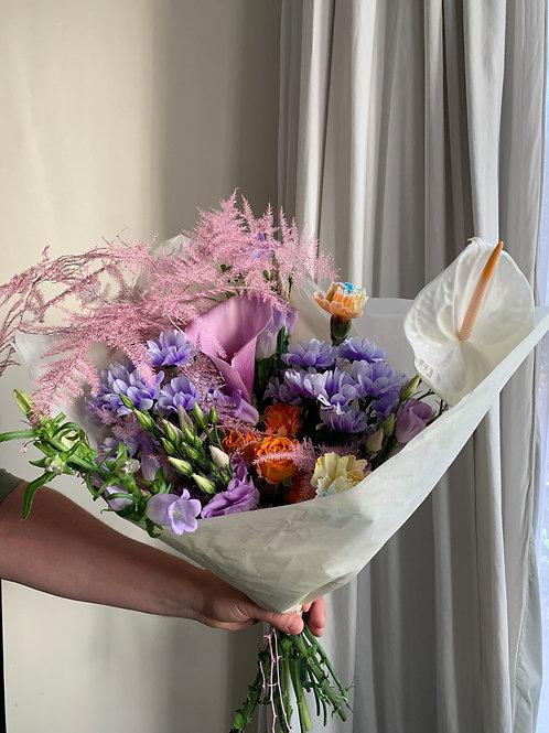 florist's choice - small greta bunch