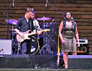 B.B. King Band with BB'S Daughter.jpg