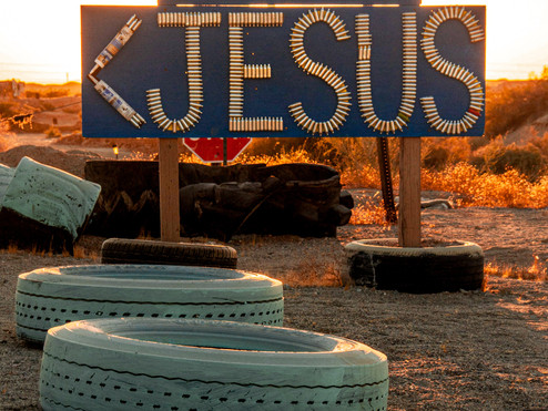 East Jesus: a habitable art instillation