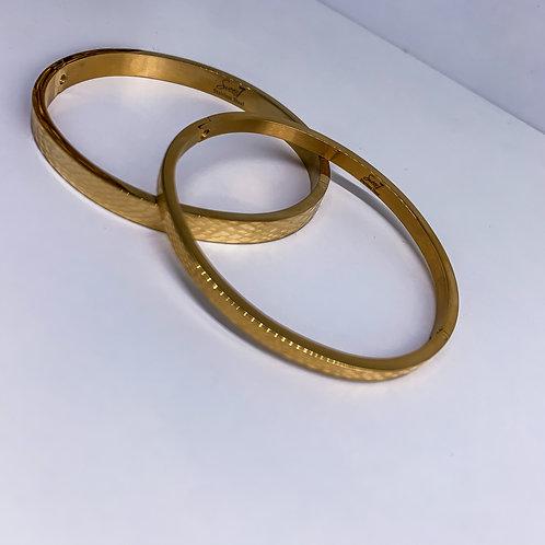 Goldsolid bracelet
