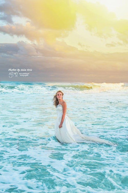 Trash the Dress Session on the Beach