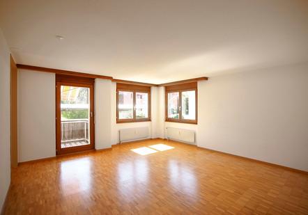 f) Wohnzimmer.jpg
