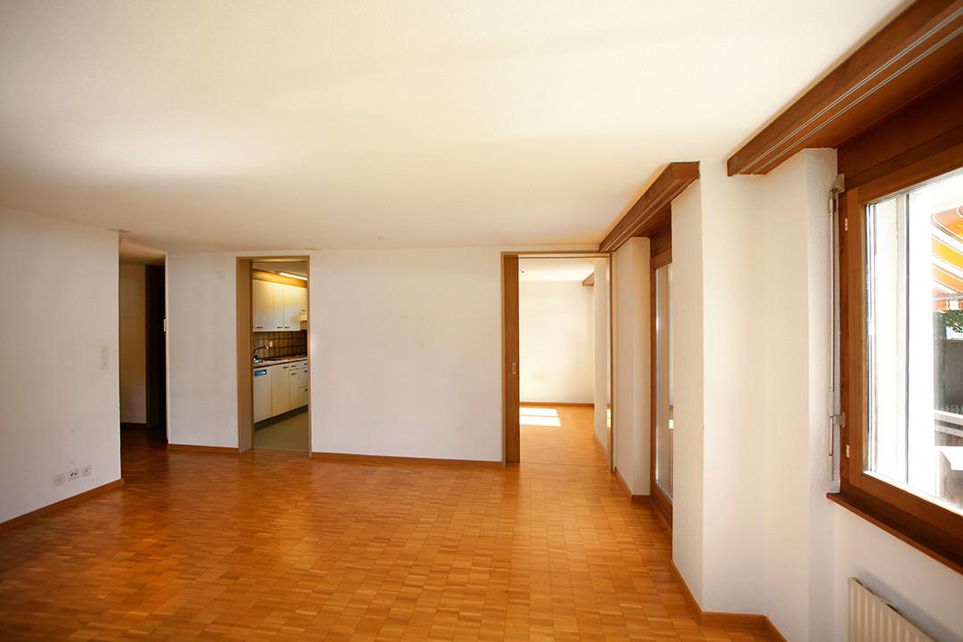i) Wohnzimmer.jpg