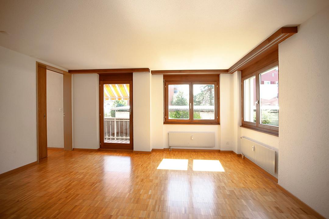 h) Wohnzimmer.jpg