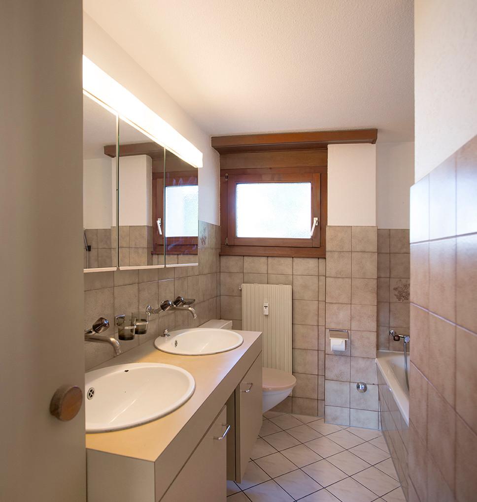 n) Badezimmer.jpg