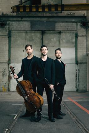 Trio Eclipse 1.jpg