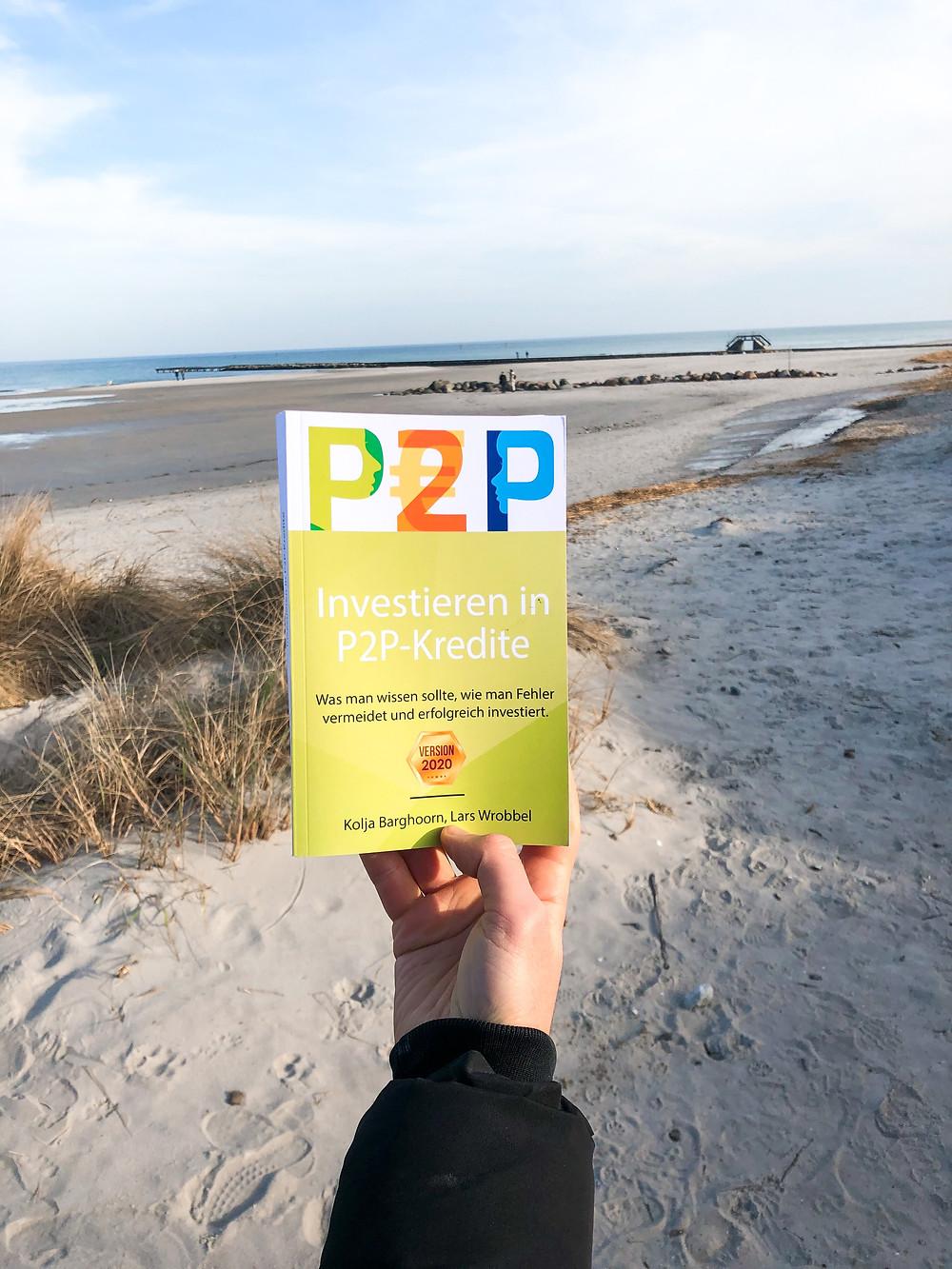 Die Rezension des Buchs Investieren in P2P-Kredite von Kolja Barghorn und Lars Wrobbel.