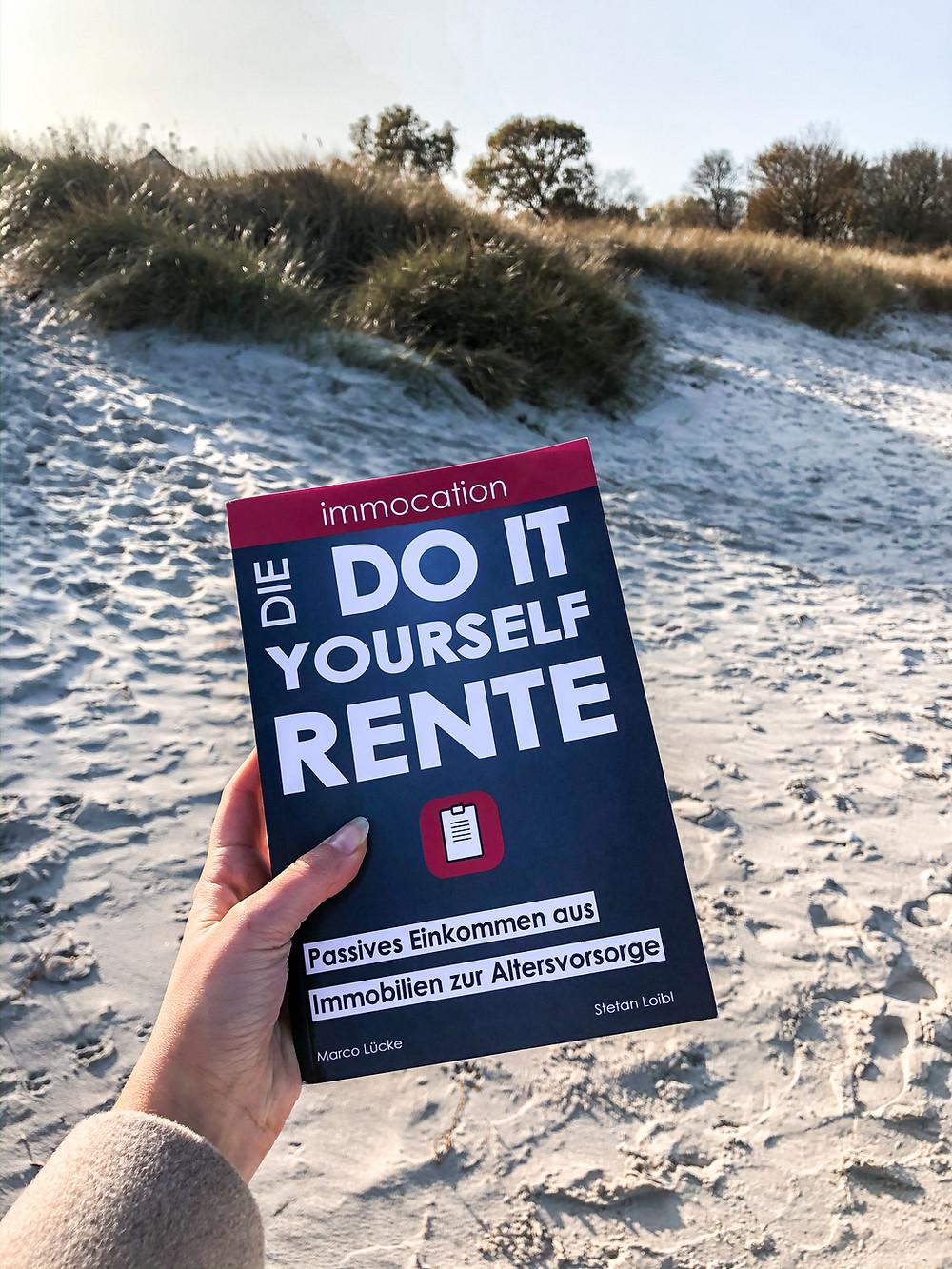 Die Do It Yourself Rente erklärt, wie jeder es schaffen kann, sein Geld in Immobilien zu investieren und was es braucht, um Immobilien richtig zu bewerten.