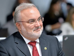 """Senador do PT no RN não quer que a CPI do Covid investigue governadores: """"não é papel do Senado"""""""