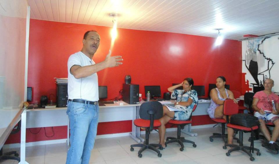 Sindetap_chega_com_seus_cursos_no_morro_