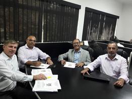 CARLOS GOMES MANIFESTA PREOCUPAÇÃO