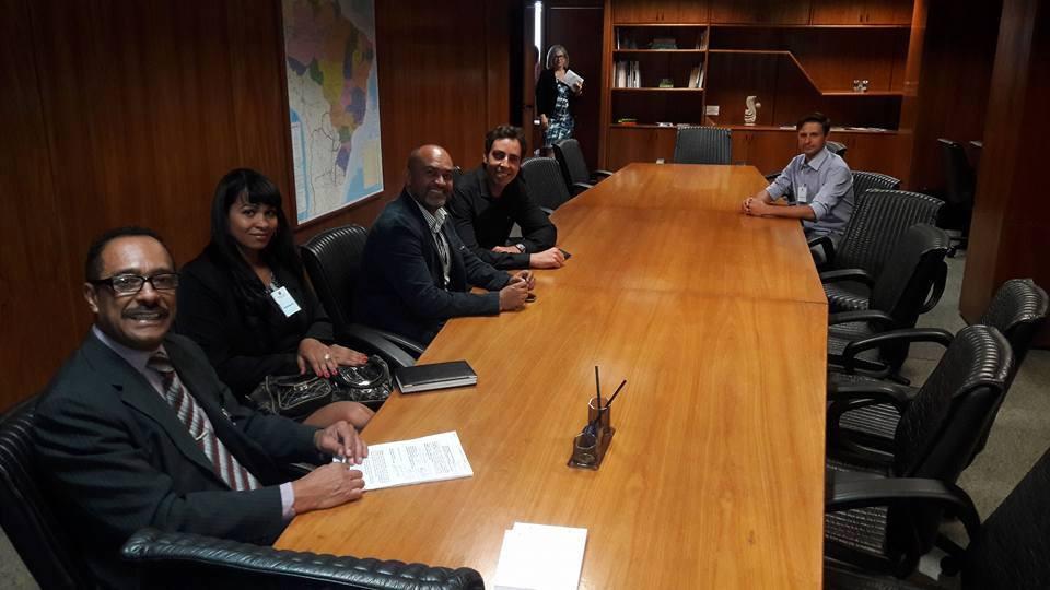 Reunião_com_o_ministro_do_trabalho_4.jpg