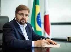 Agostinho Patrus, presidente da Assembleia Legislativa de Minas, Gerais é notificado