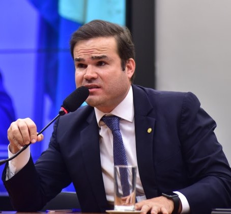 DIA DE DECLARAR DE AMOR AO BRASIL