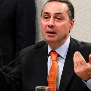 Deputados pedem que AGU protocole pedido de impeachment de Barroso