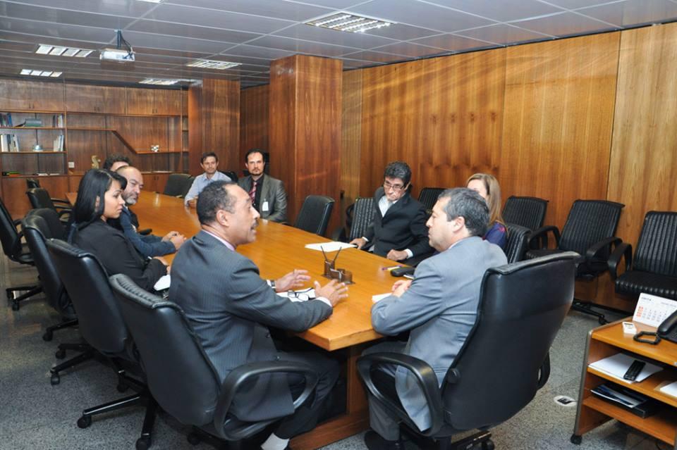 Reunião_com_o_ministro_do_trabalho_9.jpg