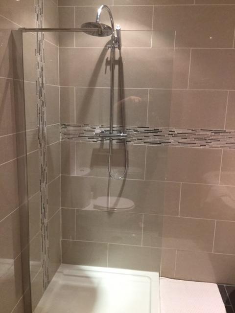 Walk in drench shower