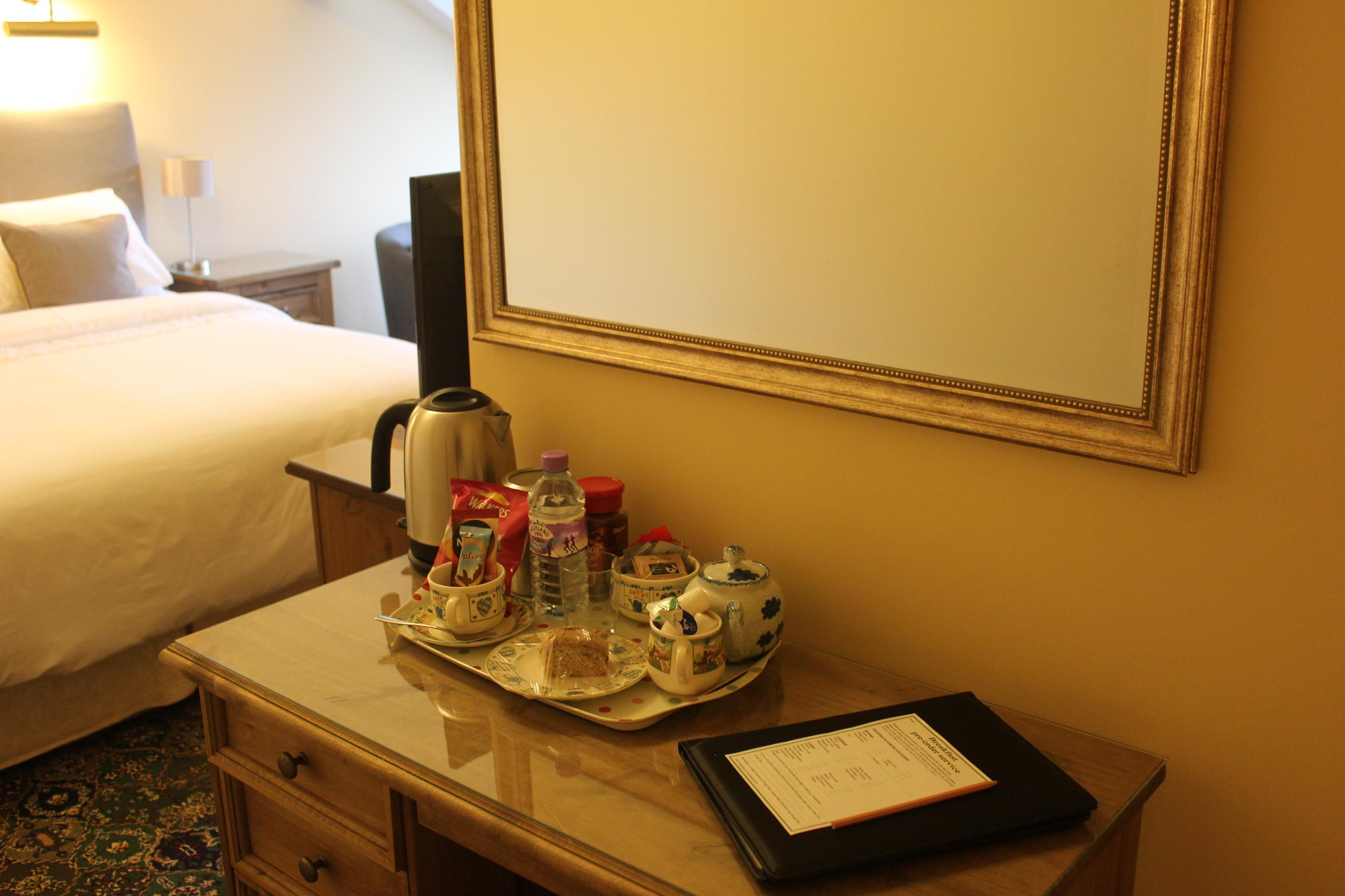 Full hospitality tray