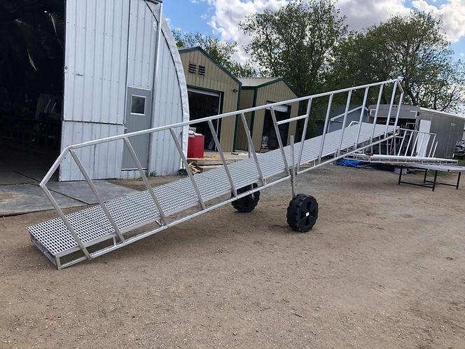Aluminum Dock Rails.jpeg