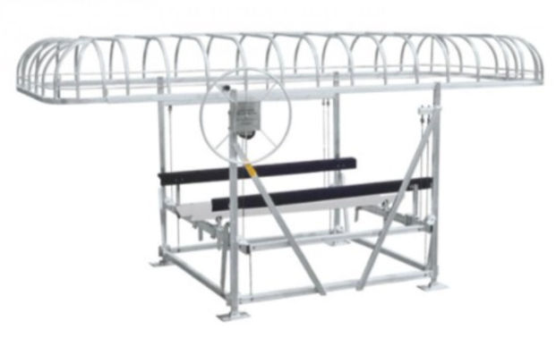 2000lb Manual Boat Lift.jpg