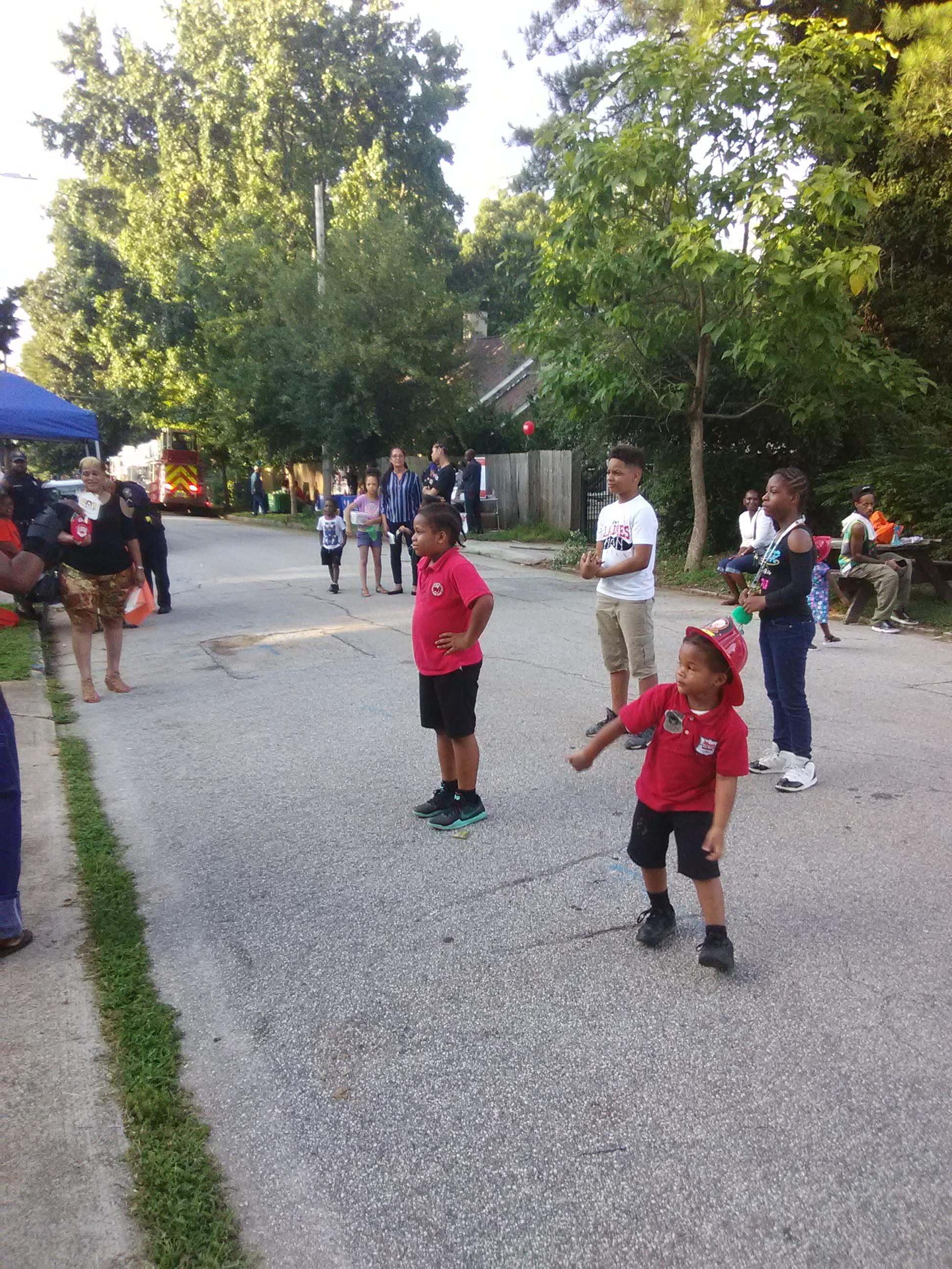 kidsdancing (1)