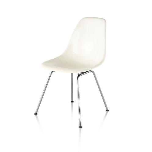 Informatica Eames Molded Plastic Side Chair