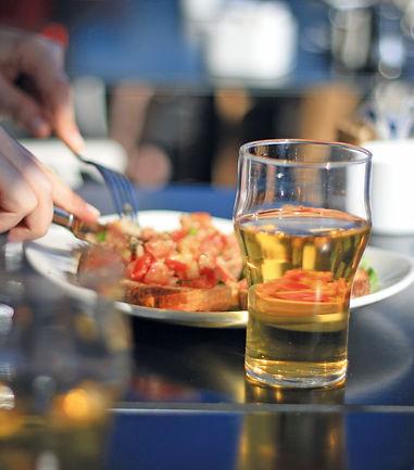 Cerveza en lugar de vino.jpg