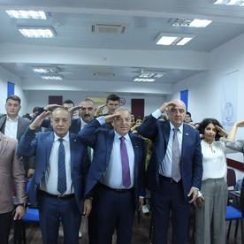 """Nüfuzlu diplomat Hulusi Kılıçla """"Anadolu Üniversitesi  Azerbaycan Programları""""nda görüş keçirildi."""