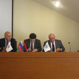 Azərbaycan Universiteti ilə ATİB arasında əməkdaşlıq müqaviləsi imzalanıb