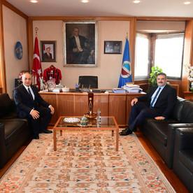 Azərbaycan Proqramları koordinatoru Azər Hətəmov  Prof.Dr. Şafak Ertan Çomaklını ziyarət etmişdir.
