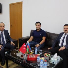 Rektör Prof.Dr. Şafak Ertan Çomaklı Anadolu Universiteti Azərbaycan Proqramlarında olmuşdur.