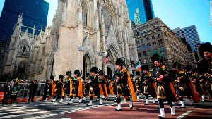 Nueva York Report: 2003 St. Patrick's Day Parade and Loving Thy Neighbor